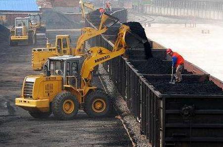 电煤需求对煤炭价格拉动效应有限 进口煤成国内煤市重要调剂器