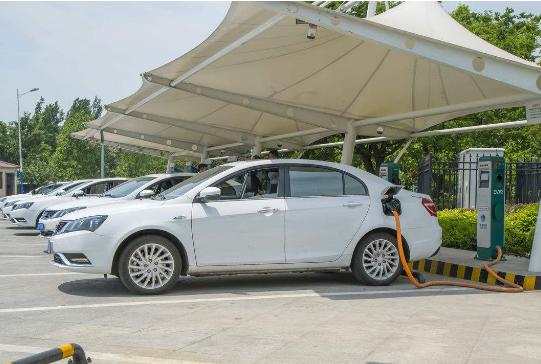 中国新能源汽车发展路线为什么选择电动车?