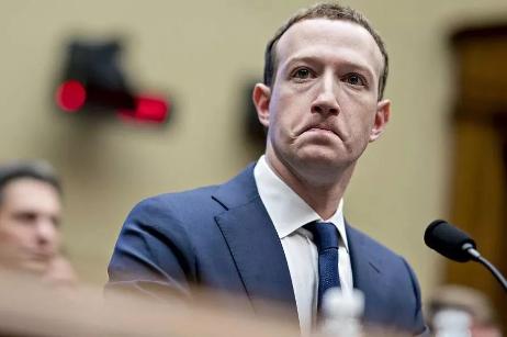 Facebook要学微信:从开放性的广场社交转向客厅式的私密社交