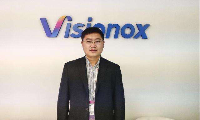 维信诺副总裁孙铁朋:折叠屏是刚需,2021年将飞入寻常家