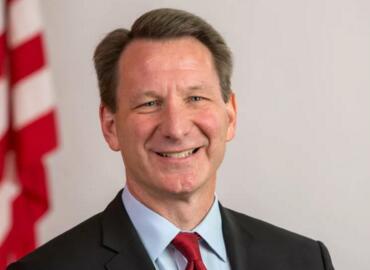 特朗普政府将任命美国国家癌症研究所所长Norman Sharpless为FDA代理局长