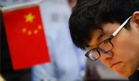 中国围棋第一人柯洁被清华大学特招录取,网友:清华赚了!