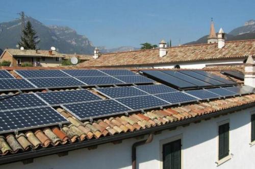 新能源商会向全国工商联提交乡村规划搬迁(扶贫)安装光伏提案