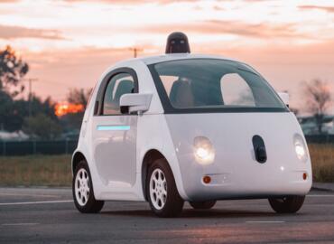 无人驾驶技术竞争力排名Waymo第一,苹果和特斯拉意外吊车尾