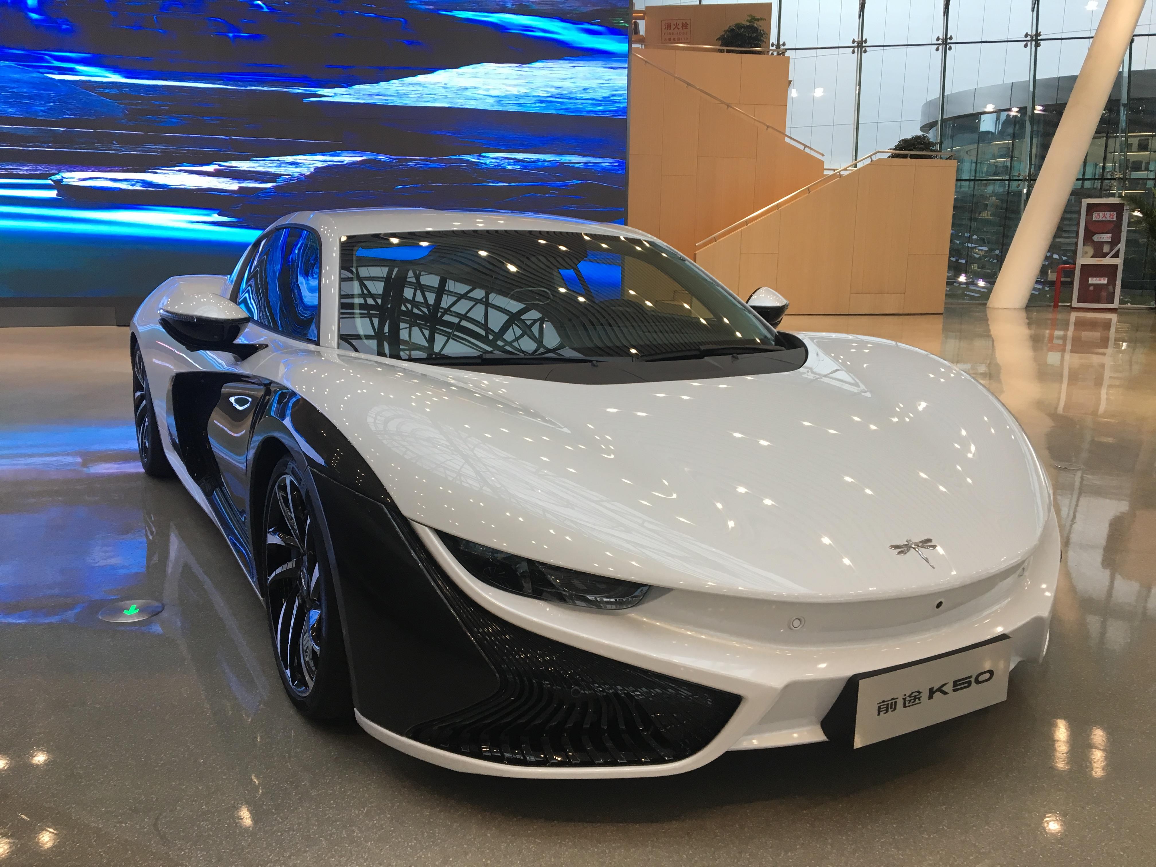 碳纤维材料应用瓶颈难突破,汽车轻量化该如何实现?