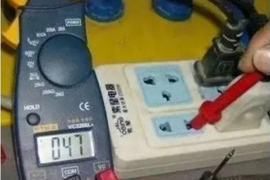 万用表测漏电使用方法,查汽车漏电万用表打什么档