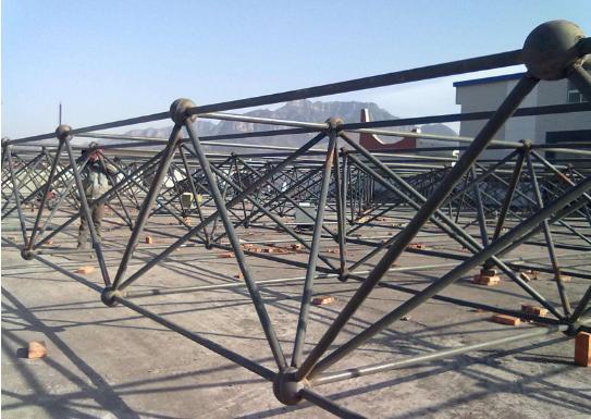 钢结构网架吊装方法及钢结构网架工程施工的八大注意事项