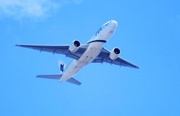 波音737MAX系列飞机是否存在设计缺陷呢?