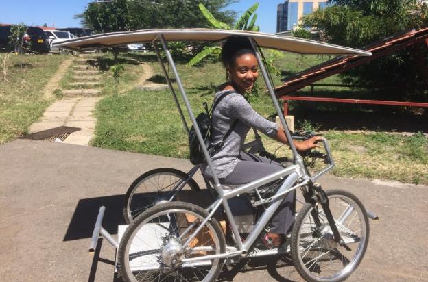 非洲使用太阳能驱动自行车,或改变普通非洲人的生活方式