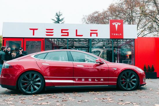 特斯拉起诉多名前员工和无人驾驶汽车初创公司Zoox窃取该公司商业机密