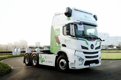 图森未来实现无人驾驶卡车全天运营