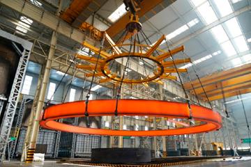 世界最大直径15.6米不锈钢环形锻件是怎么造出来的?