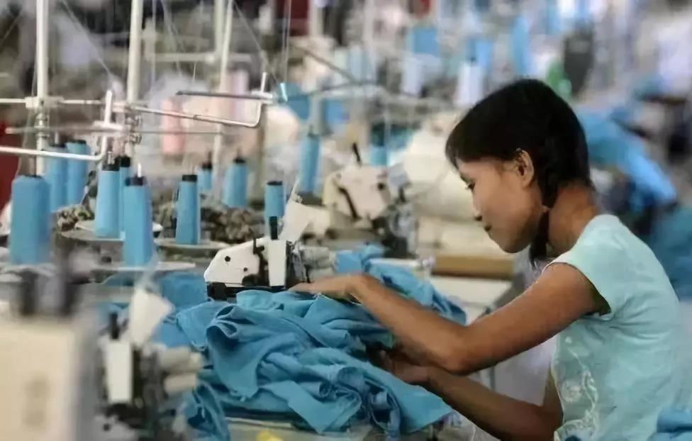 ?中国纺织业订单为何向越南等国转移?