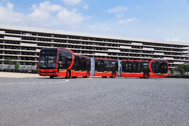 比亚迪发布全球最长的纯电动大巴K12A:27米,满载250人,时速70公里