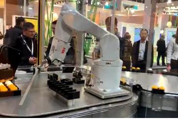 汉诺威工博会机器人技术谁家强?