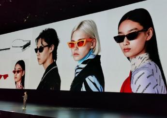 """华为推出首款可穿戴智能眼镜""""EyeWear"""",支持IP67防水防尘抗溅"""