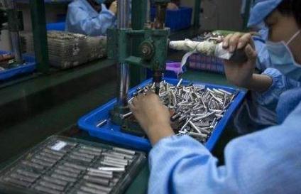 资本介入对电子烟产业链上下游企业影响