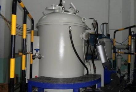 真空感应熔炼技术:感应炉工艺的基本原理、特点、发展及应用