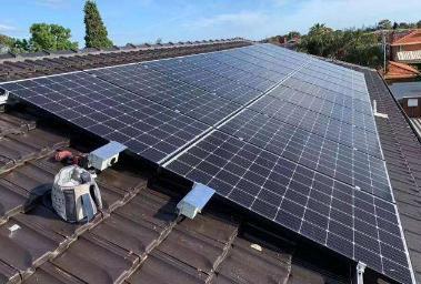 太阳能电池板需求上升导致全球白银价格上涨