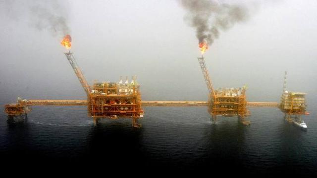美国:进口伊朗石油的5个国家及地区不再享有制裁豁免权,包括中国