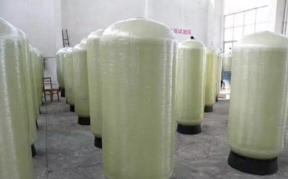 玻璃钢罐内部结构说明及修补方法