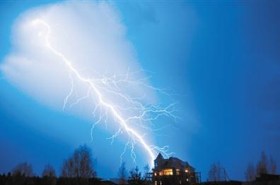雷暴云是怎么形成的?有什么危害及电势监测方法