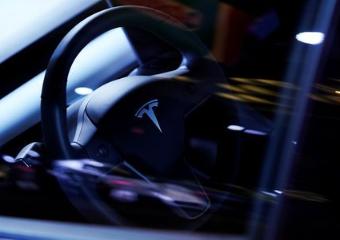 特斯拉将对Model S/ X两款车进行升级,提高续航里程和充电速度