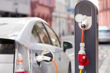 刘永东:电动汽车充电设施技术及标准
