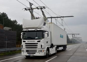 德国首个卡车电气化高速公路系统已开始进入测试
