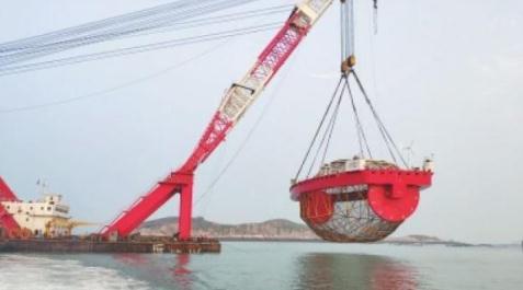 福建省连江县:振鲍1号和振渔1号运用现代化海工装备提升海洋养殖水平