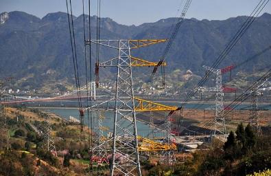 国有电力集团三大转型之路:成本取胜、服务至上及平台为主