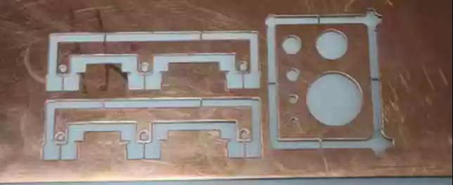 飞机钣金小零件的传统下料及成形方式的改进