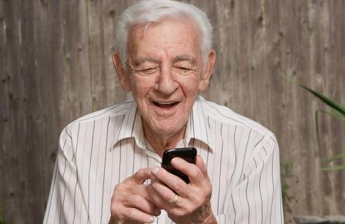 国内市场上专门为老人设计的智能手机有限