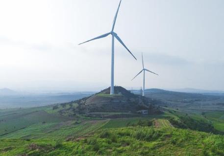 阜新作为首个资源枯竭型城市经济转型试点市顺利完成煤炭经济到风电转型
