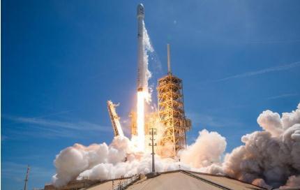 SpaceX在火箭发射收入上跃居全球榜首,离不开美国政策支持