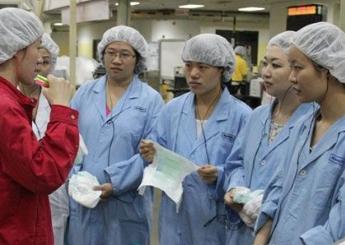 纸尿裤代工厂自有品牌要想转型升级,需要跨过哪些砍?