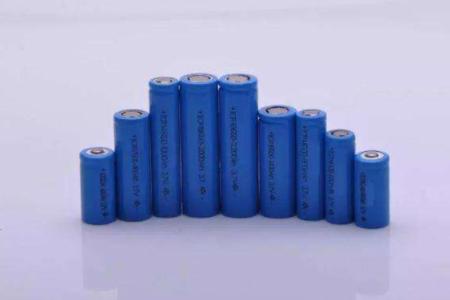 电动车市场上锂电池需求猛增,铅酸电池或被锂电池替代