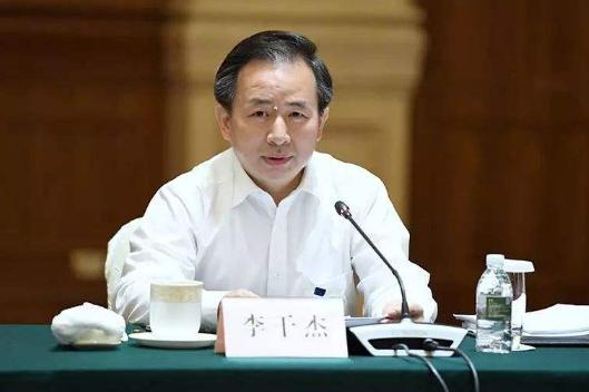 生态环境部部长李干杰:打好污染防治攻坚战 强化生态环境保护科技创新