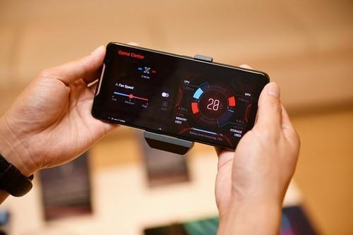华硕手机业务陷绝境,联手腾讯推电竞手机能否冲出重围?
