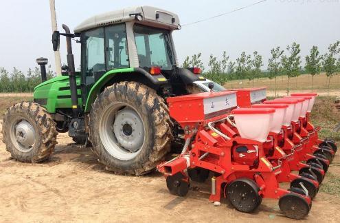 探索不同播种机械对玉米茬小麦产量的影响