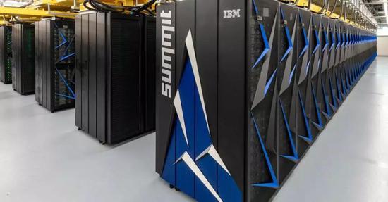 """美国超算""""顶点""""以每秒14.86亿亿次的浮点运算速度再次登顶全球超级计算机500强榜首"""