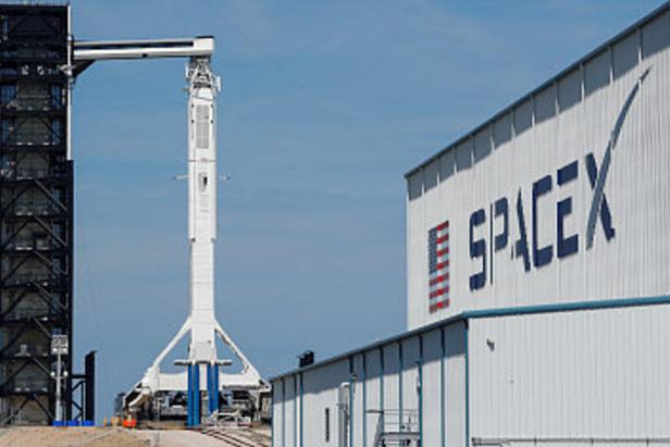 SpaceX载人龙飞船将在11月15日发射,将航天员送往国际空间站