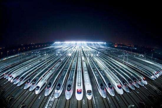 中国国家铁路集团有限公司:全国铁路实施新的列车运行图