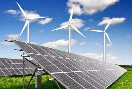 李克强:继续发展水电、风电、太阳能等清洁能源