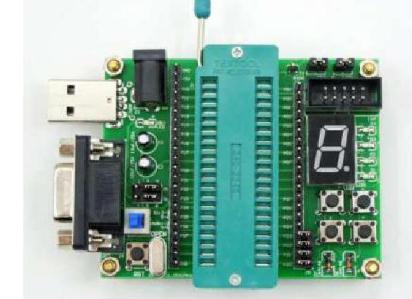 以单片机为主控的电动车智能温度手套软硬件设计