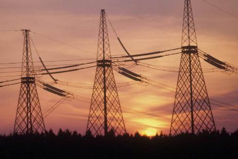 """""""网运分开""""是电改首要任务 需尽快建立带电力曲线的中长期交易"""