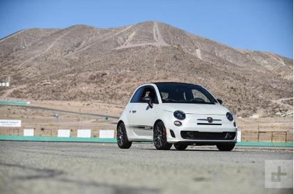 菲亚特500电动化 借鉴特斯拉设计来改造现有车型