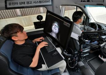 青青在线播放观看摩比斯将从2021年起对青青在线播放观看汽车采用前向碰撞预警系统