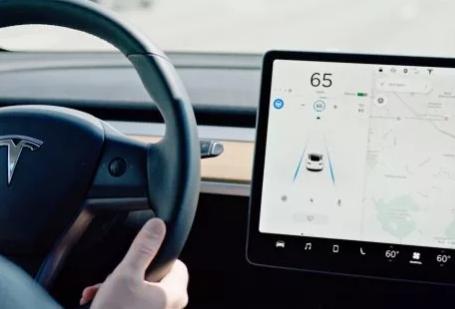 ?特斯拉发布2019年Q2安全报告:每行驶327万英里会发生一起事故