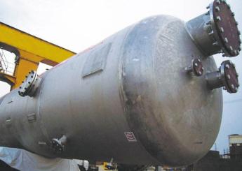 日本限制氟化氢、光刻胶等材料出口韩国,引发全球半导体恐慌
